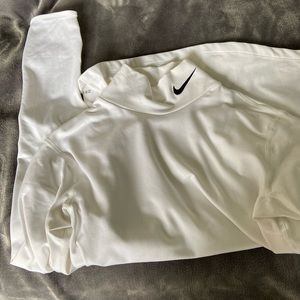 Nike women's fleece lined dry fit long sleeve.